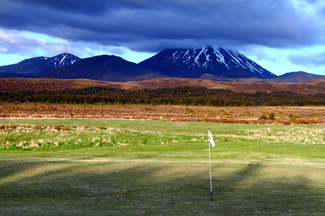 Best golf course in new zealand flickr photo sharing for Landscaping courses nz