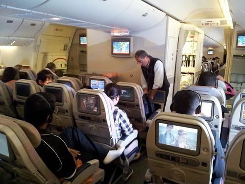 Cabina de clase turista - Volando con Emirates