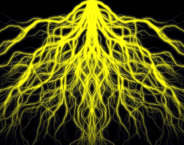 Mirrored Yellow Lightning 001 | Flickr - Photo Sharing!