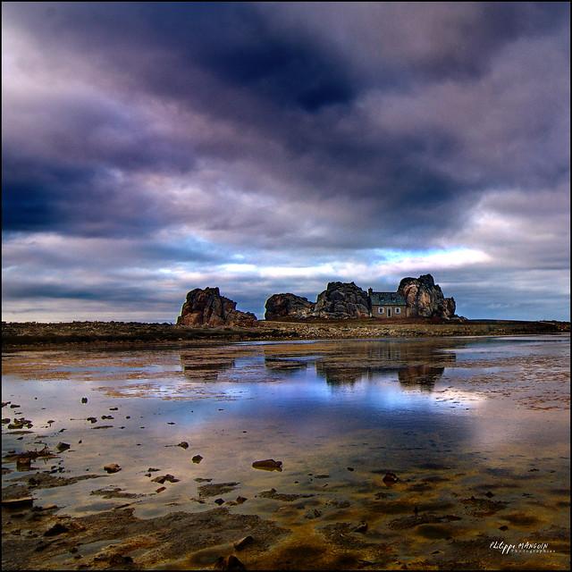 Bretagne - plougrescant - castel meur
