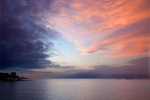sea sky night clouds sunrise mar cloudy amanecer cielo nubes malaga 5094 quinoal doubleniceshot tripleniceshot mygearandme mygearandmepremium mygearandmebronze dblringexcellence tplringexcellence musictomyeyeslevel1 eltringexcellence