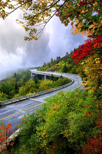 Kevin Childress - Linn Cove Viaduct - V0100