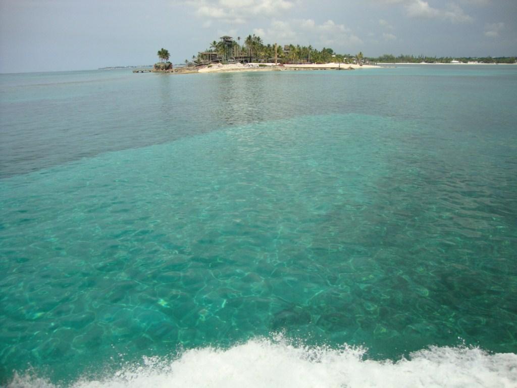 Cristalinas aguas de las islas Bahamas