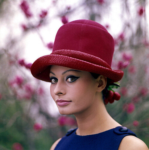 Sophia Loren & Her Hat