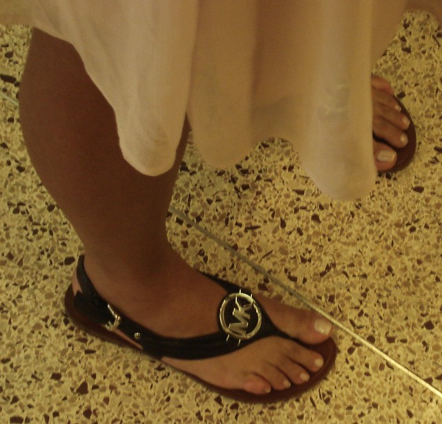 Sexy Latina Toes waiting for an Elevator.