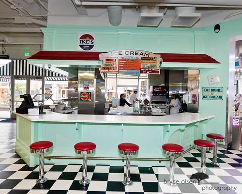 A May Zing Wonder Woman I Like Ike S Ice Cream Shop