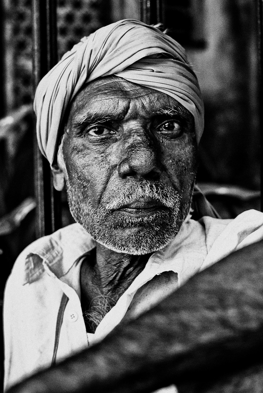 Void - Mayank Pandey amateur photographer from Mumbai India online photo exhibition street [hotography black and white Маянк Пандей фотограф любитель из Мумбай Индия онлайн фотовыставка стрит фотография черно белый