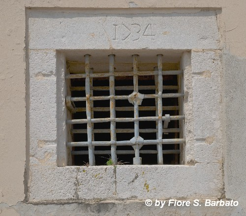 Montefusco (AV), 2008, Grate dell'ex carcere borbonico