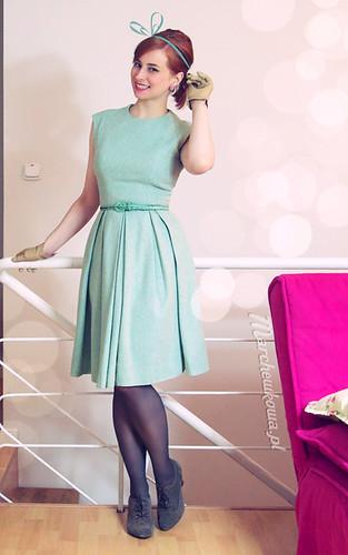 marchewkowa, szafiarka, szycie, krawiectwo, retro, vintage, miętowa sukienka, wełna, tweed, Burda 3/2011, Burda 2/2005, Allegro, Piegatex