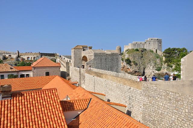 Walls of Dubrovnik by CC user jenniferboyer on Flickr