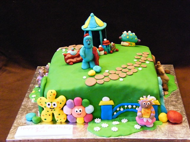 In the night garden cake flickr photo sharing for In the night garden cakes designs