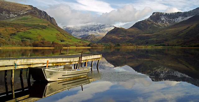 LATE AUTUMN ON LLYN NANTLLE