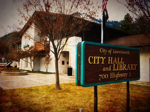 Leavenworth Library and City Hall