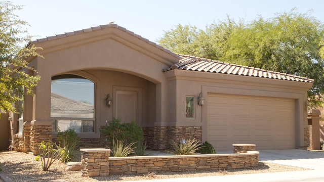Arizona Home with 2 car garage with 3 bedrooms