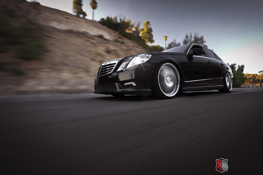 New exclussive mercedes benz wheels available mbworld for Black rims for mercedes benz e350