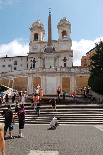 Der erste Teil der spanischen Treppe von der Dreifaltigkeitskirche hinunter, die Besucher möchten sich hier fotographieren