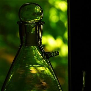 Glassic green