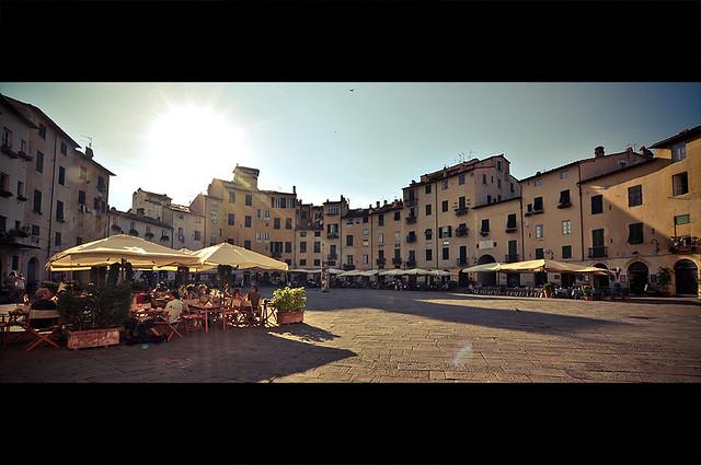Piazza della Anfiteatro