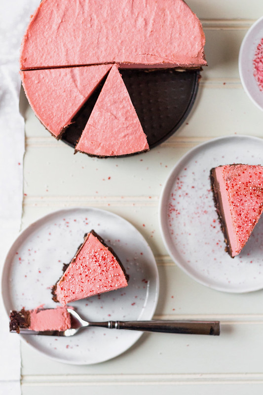 Vegan Chocolate Peppermint Cheesecake